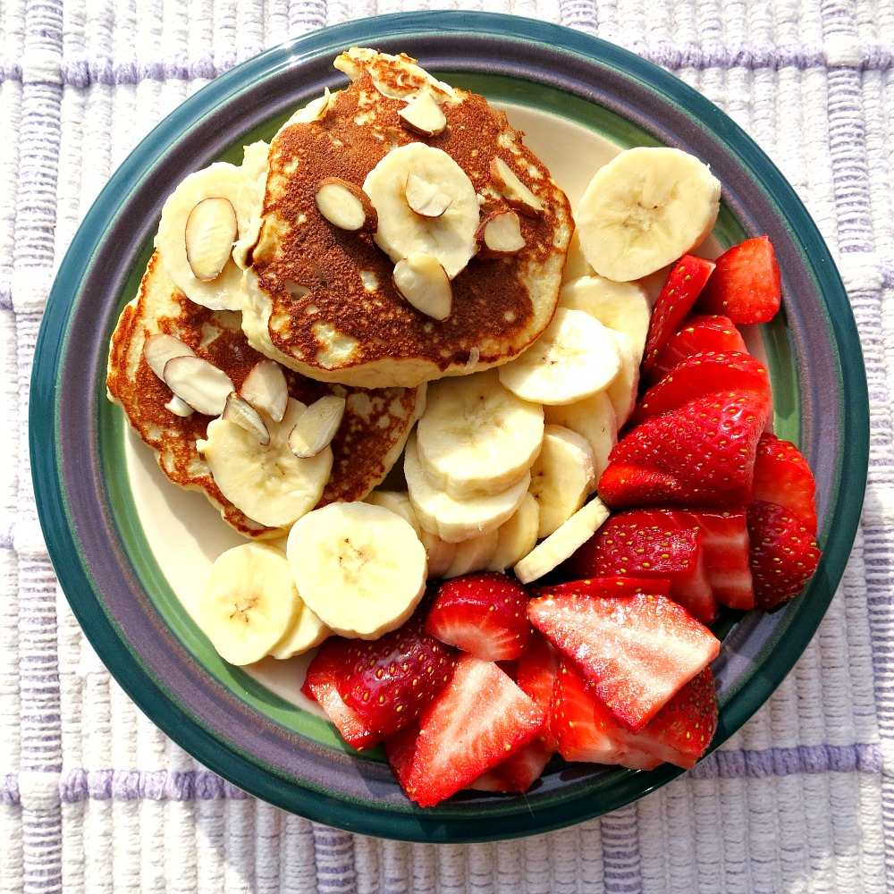 Almond Pancakes with Fruit