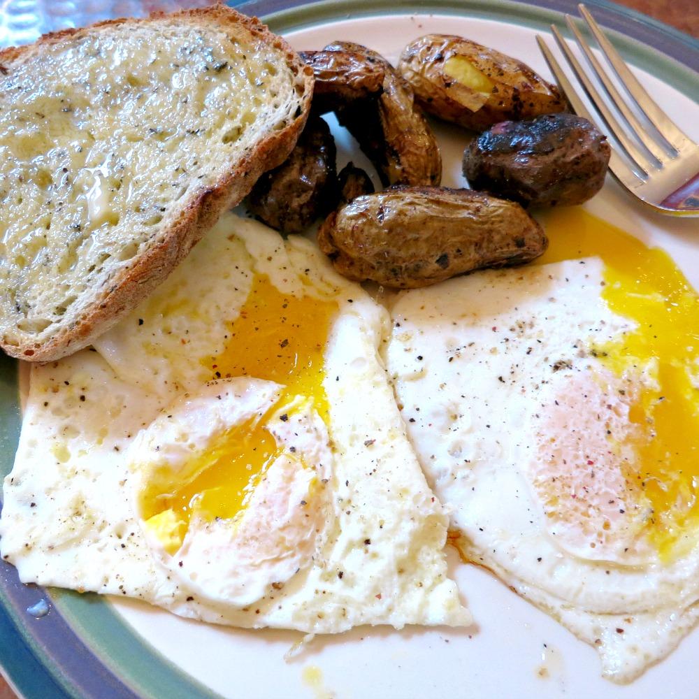 Eggs, Fingerling Potatoes & Toast