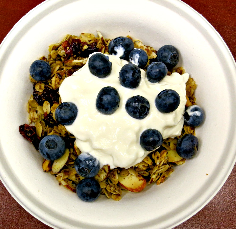 Blueberries & Granola