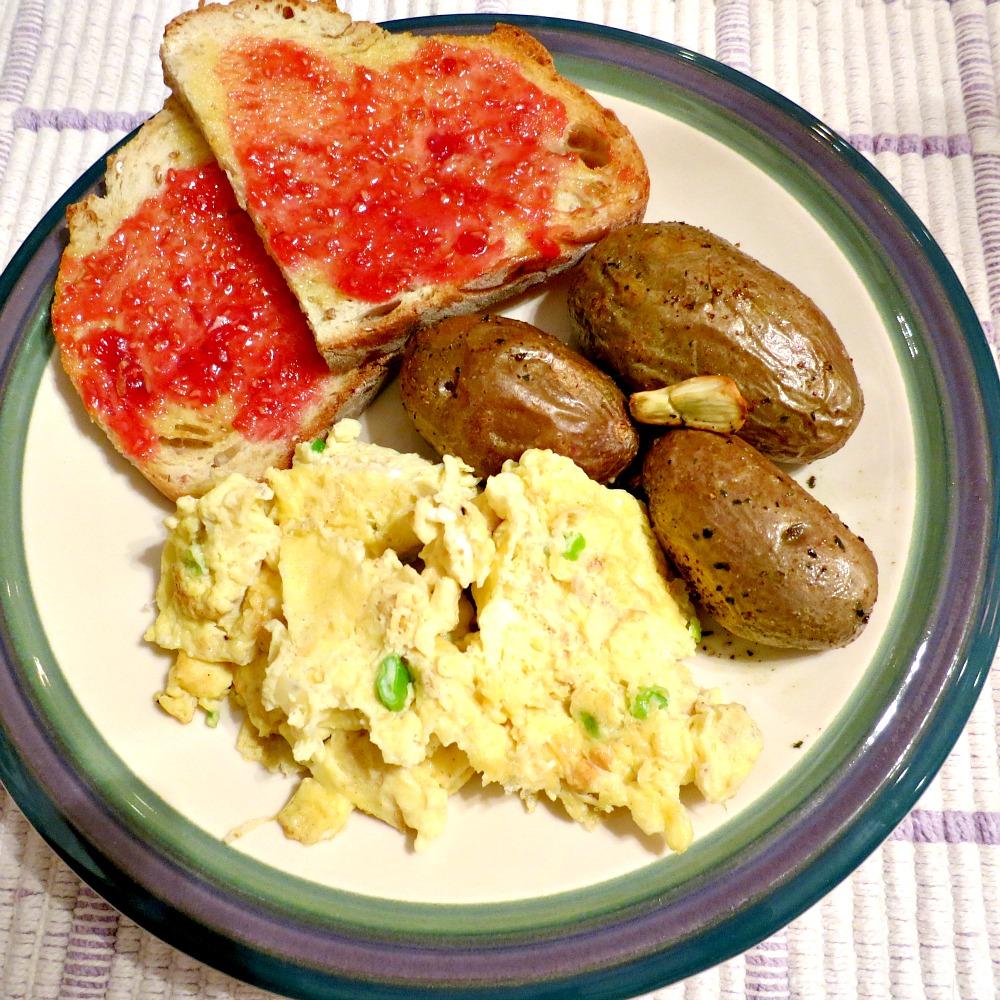 Scrambled Eggs, Potatoes and Toast