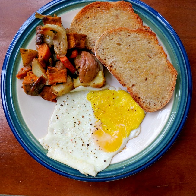 Fried Egg, Roasted Veggies and Onion Rye Toast