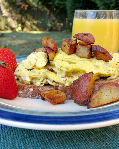 Scrambled Dill Eggs with Granola Bread and Mimosa