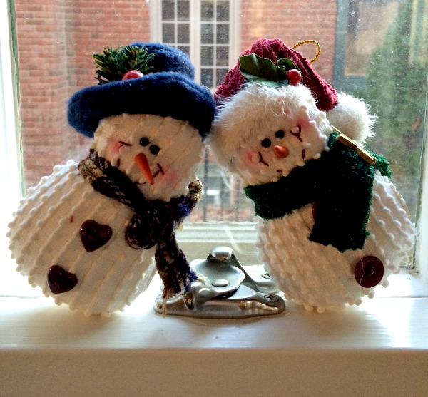 His and Her Snowmen