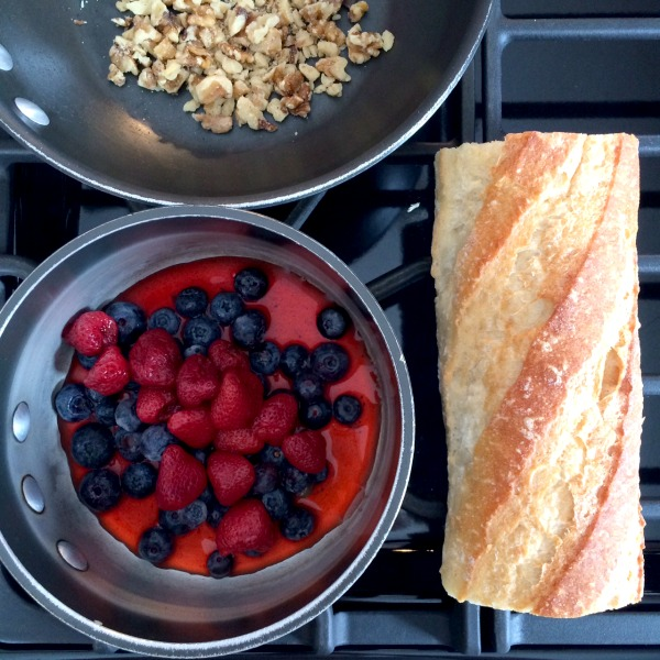 French Toast & Warm Berry Compote Ingredients