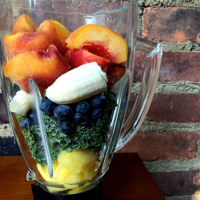 Pineapple, Kale, Blueberry, Banana, Peach Smoothie