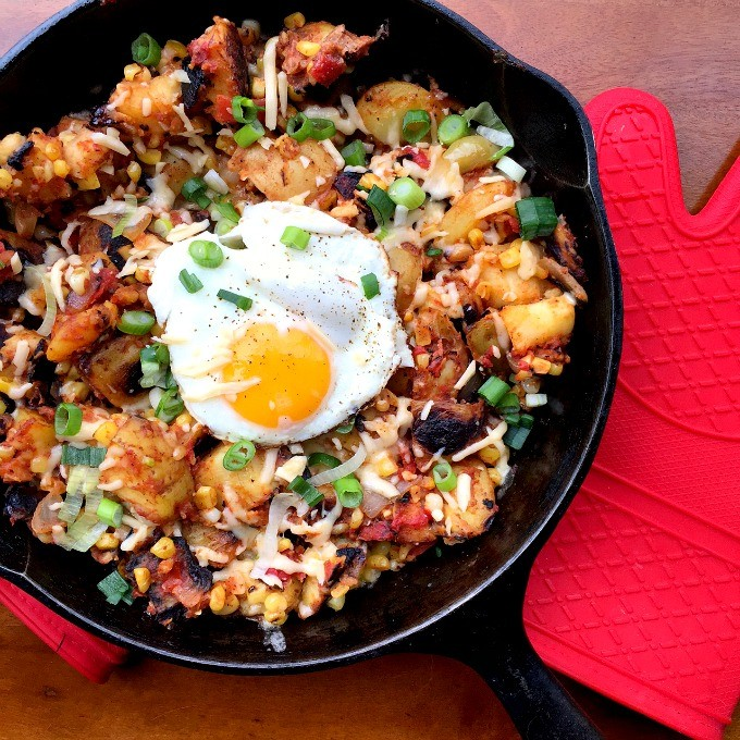 Veggie and Cheese Brunch Skillet
