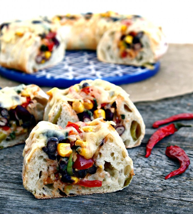 cheesy-mexican-stuffed-baguette