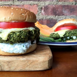 These healthy and easy veggie burgers are packed with flavor. Made with lentils, spinach and oats, they're vegan and gluten free.