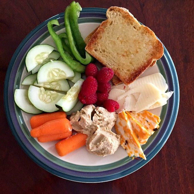 snack-plate-lunch
