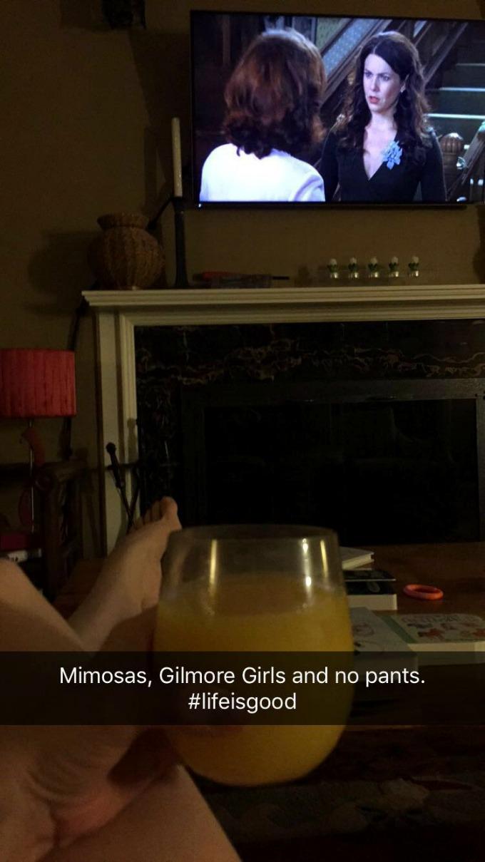 mimosa-gilmore-girls-no-pants