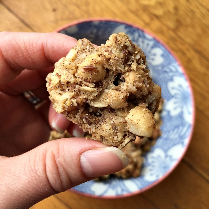 This healthy snickerdoodle granola is decadent and buttery and filled with cinnamon sugar crystals just like the cookies. Vegan and gluten free too.