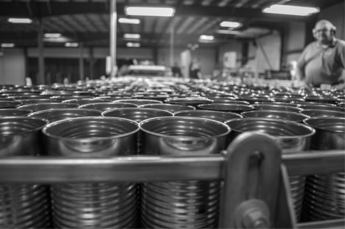 Farm to can challenge with Refreshingly Real and Red Gold. Why you should be using canned goods more often.